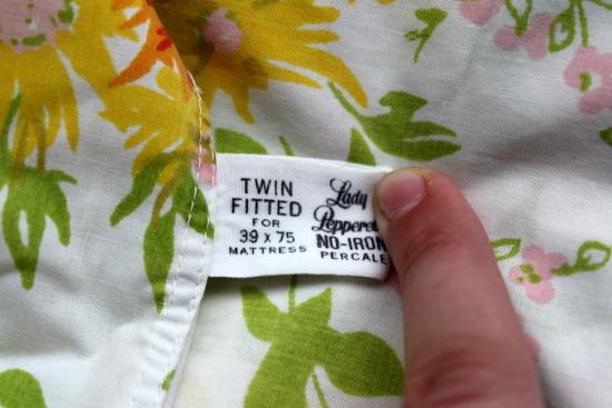 Folded Floral Sheets Label