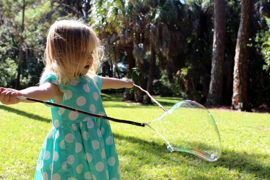 Play Date Bubble Wand