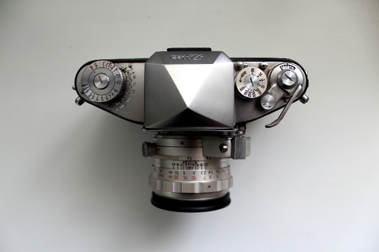 Exakta Camera Top
