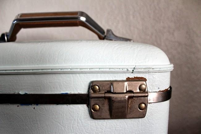 Travel Case Hinge