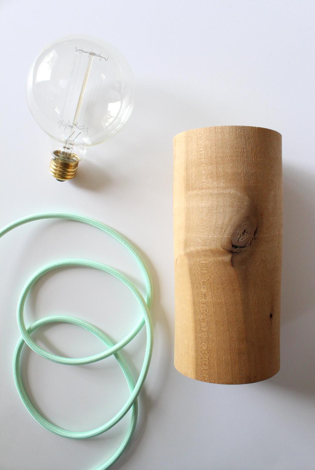 Minimal Wood Lamp