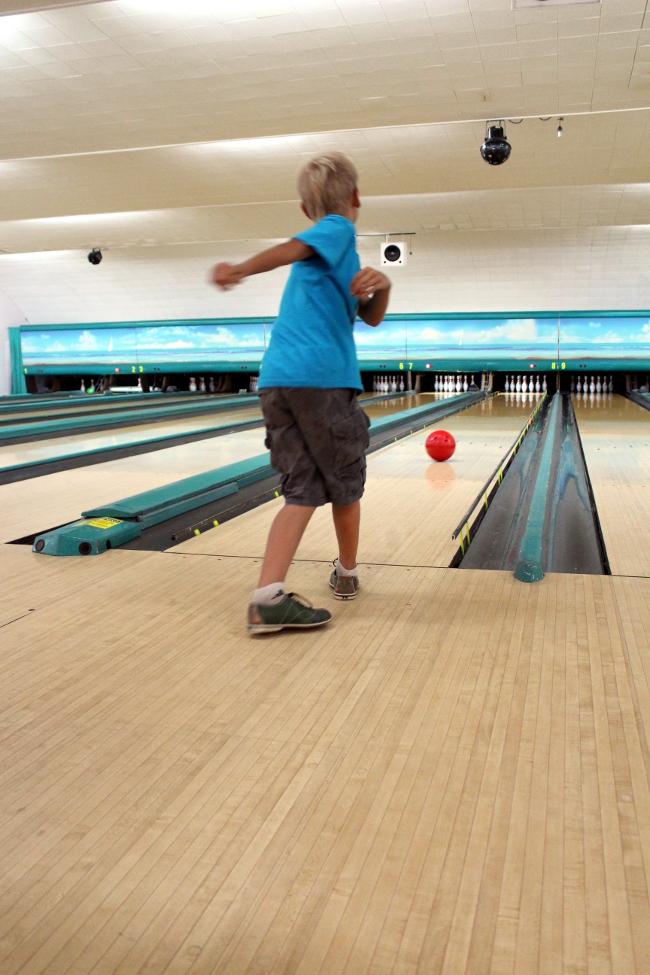 9 bowling